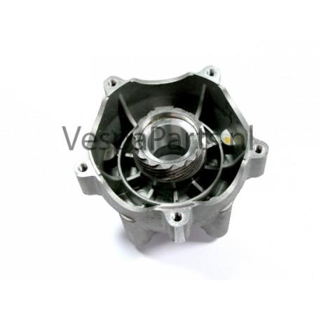 48: Voorwielnaaf C01-C11-M04-M06 Vespa ET2/ET4/LX/LXV/S