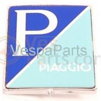 01: Embleem Piaggio logo (voorscherm) Vespa scooters